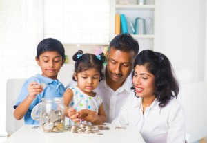 Teaching Your Kids How to Save Money